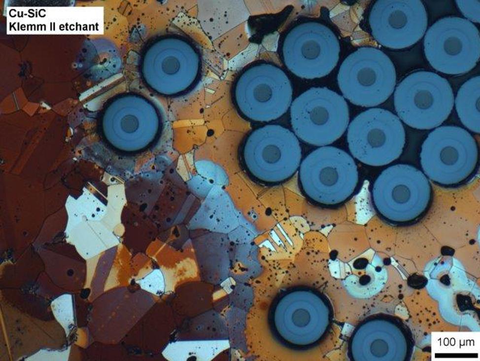 La préparation des échantillons de microscopie optique de lumière