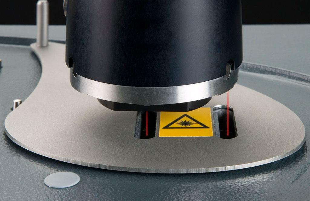 Deckel für Lasermessungen
