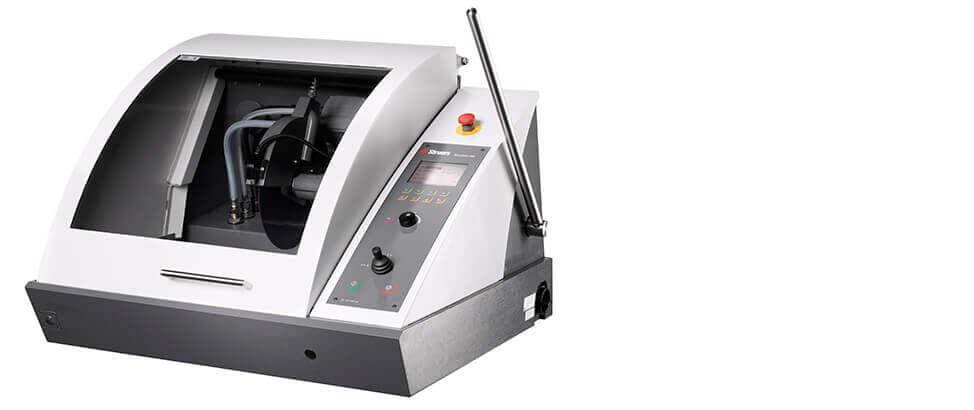 带可变速主轴的 Discotom-100 自动切割机