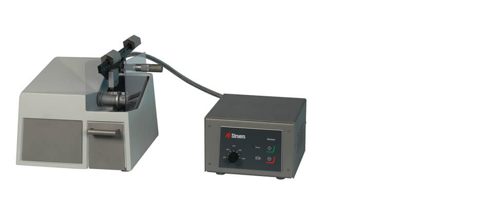 Minitom Hot Cell low-speed precision cut-off machine