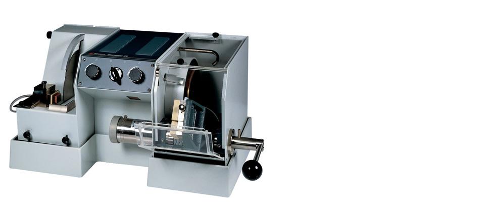 精密な薄片作製機「ディスコプラン-TS」